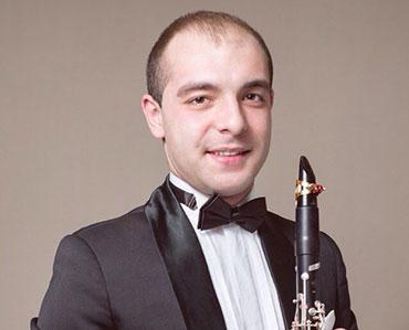 преподаватель детской музыкальной школы (класс кларнета)
