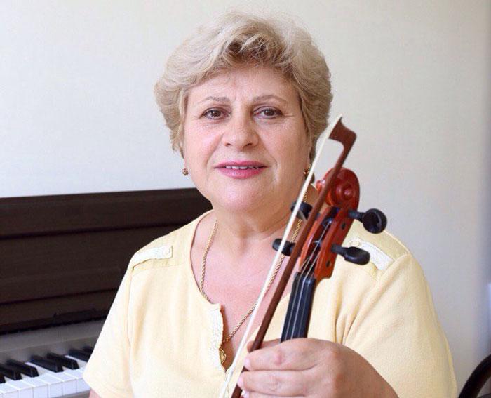 преподаватель скрипки